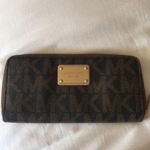 Used Michael Kors wallet